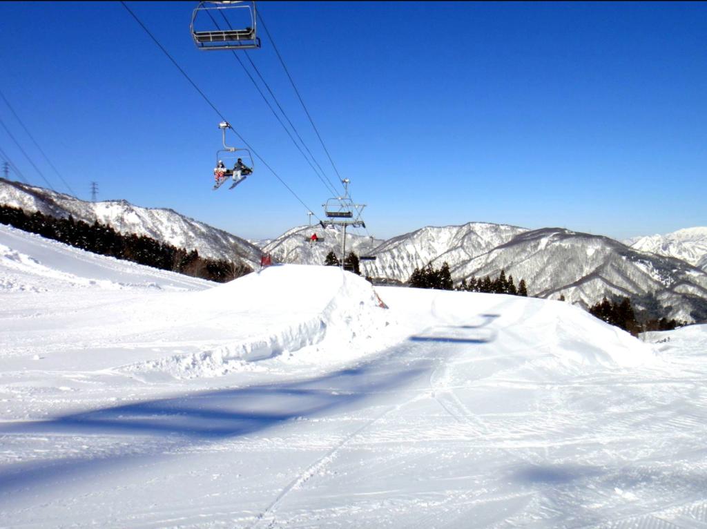 新潟県おすすめスノボー&スキー場!人気ランキングBEST10