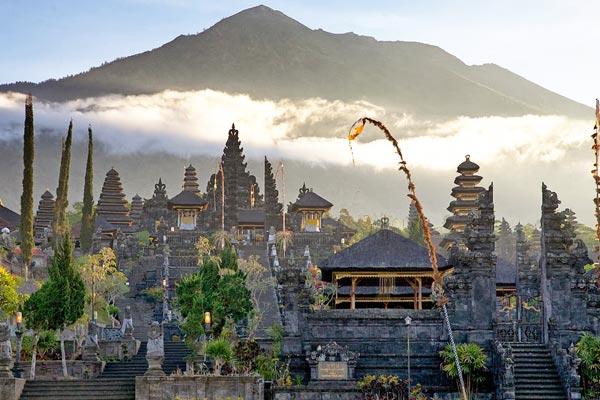 mother-temple-of-besakih
