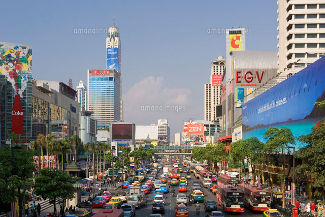 Thailand-Januaray 2007 Bangkok City Siam Square Thanon Phayathai Avenue