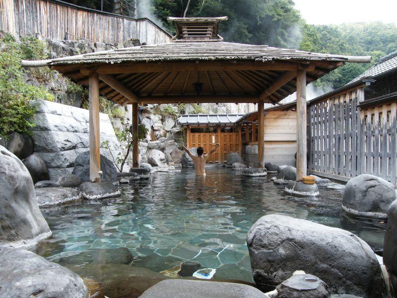 関東のカップルで行ける混浴温泉スポット厳選10