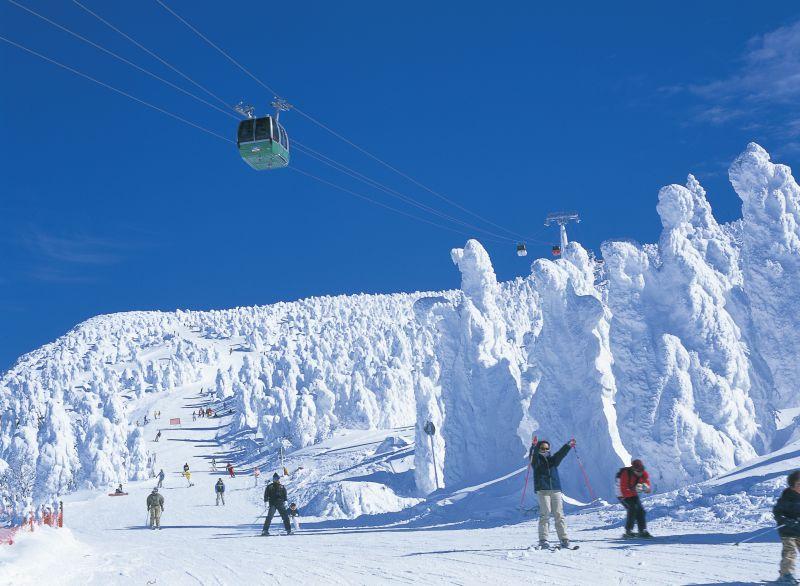 山形県のおすすめスノボー&スキー場!人気ランキングBEST10