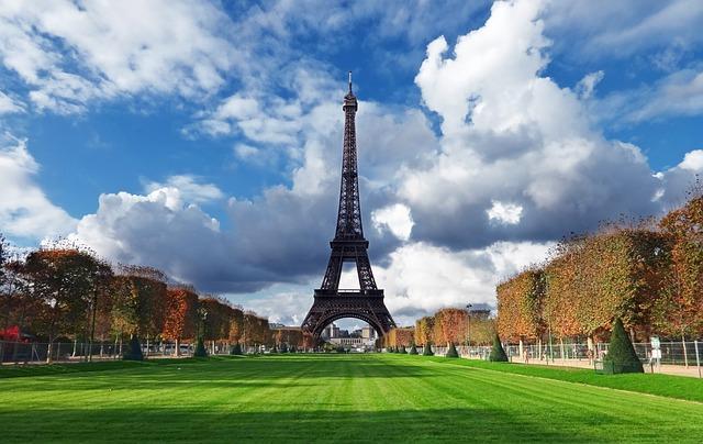 パリ旅行は実は危険?治安と最低、注意しておきたい12のこと